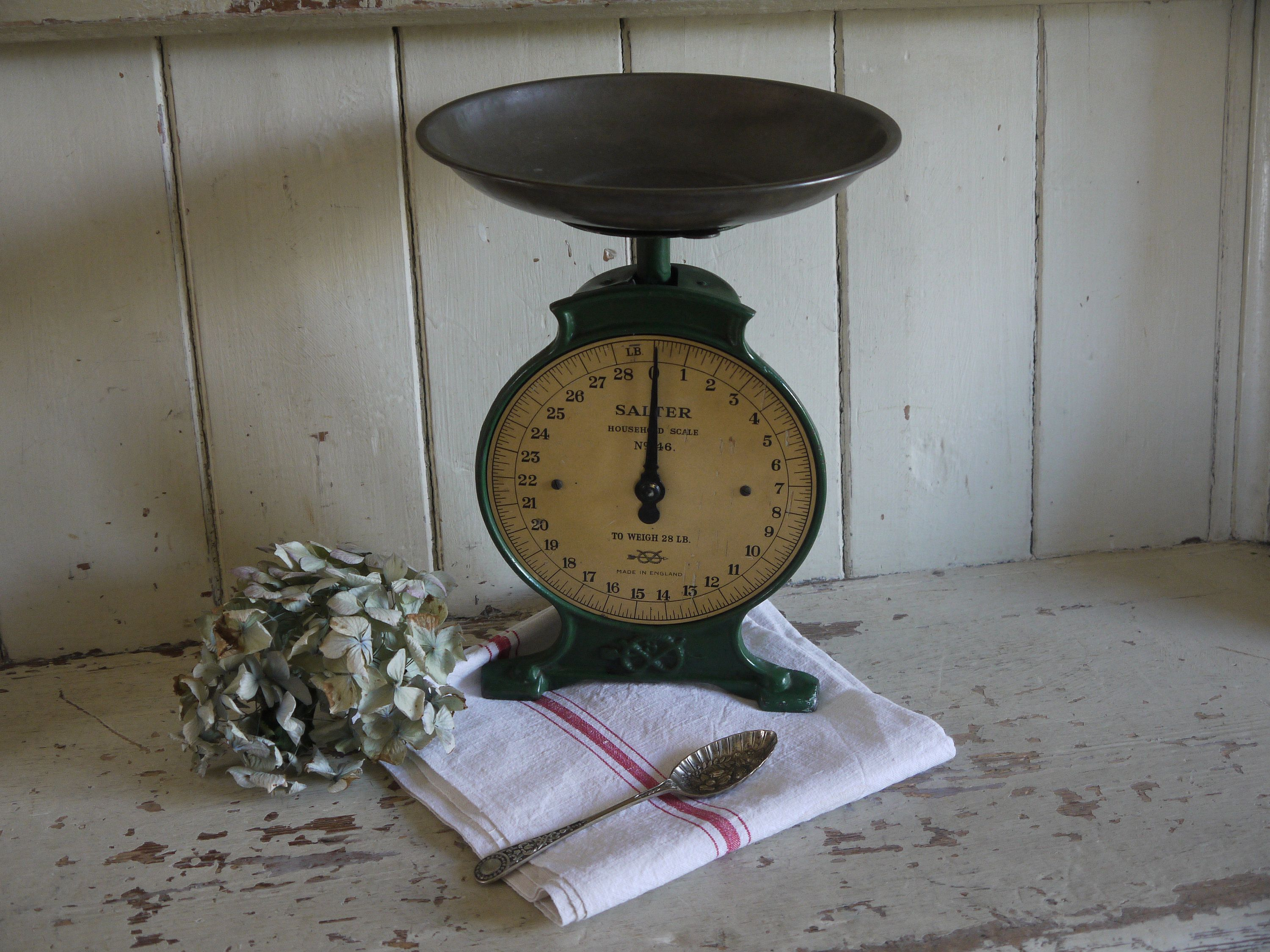 Vintage Kitchen Scale Vintage Kitchen Scales Farmhouse Scale Rustic Antique Weighing Scales Salter Household Scales English Scale Plant Pot Holders Antiques Vintage Kitchen