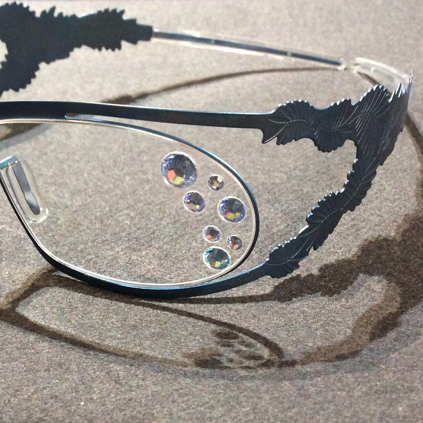 6c92e99d30c6e Optique 10 10 Strass Swarovski sur monture Slanpv Nowosad.  swarovski   lunettes  originales  originales  lille  créateur  optique  opticien   tatouage  tatoo ...