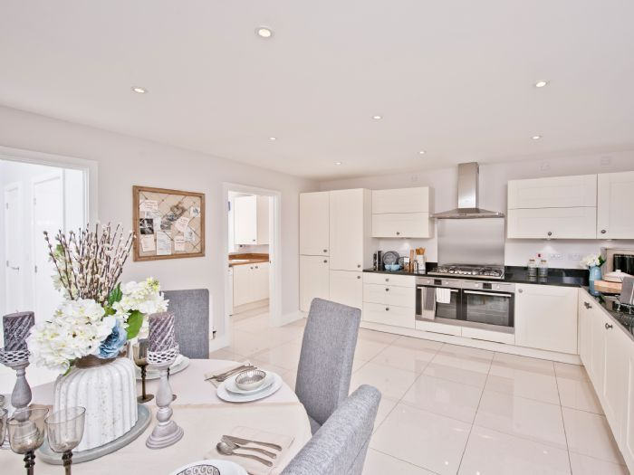 Property Photo Gallery | Hawkswood | Linden Homes | home in