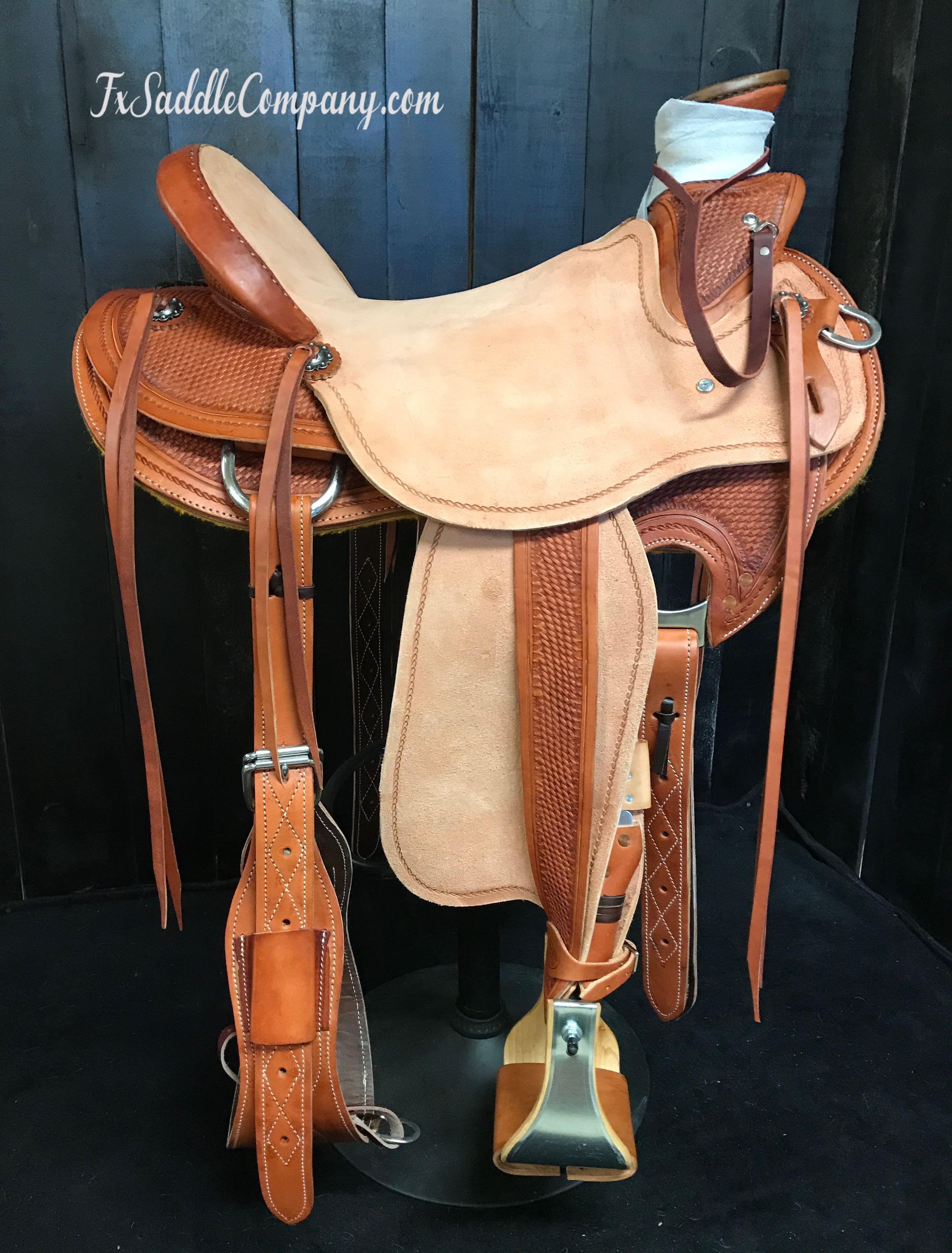 Wade saddle with exposed stirrup leathers | Saddlery and