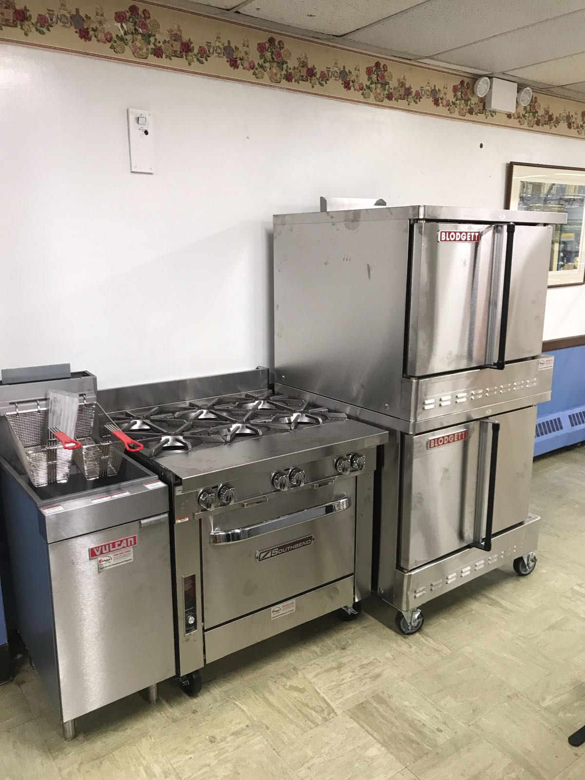 Vulcan Kitchen Hamptons Design Fryer Southbend Range And Blodgett Convection Oven Culinarydepot