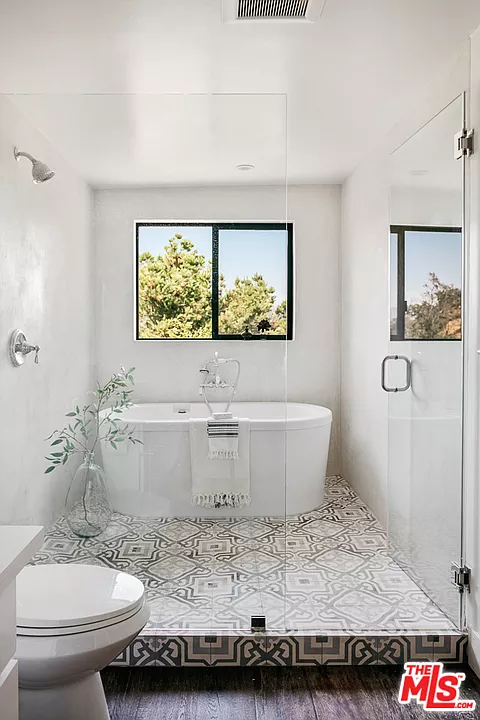Pin By Tricia Shaffer On Bathrooms Garage Style Zillow Rec Room
