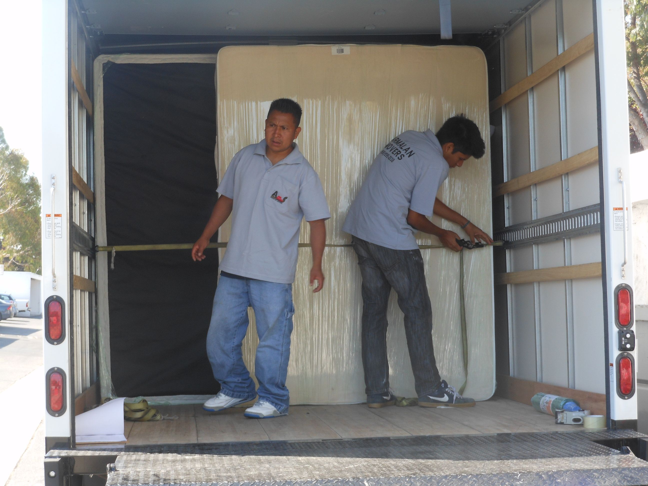 Armalan Moving Services Www Armalanservic 650 595 2038 Cal P U C T 190654 Movers Movingservice Moving Services Moving Company Moving Day