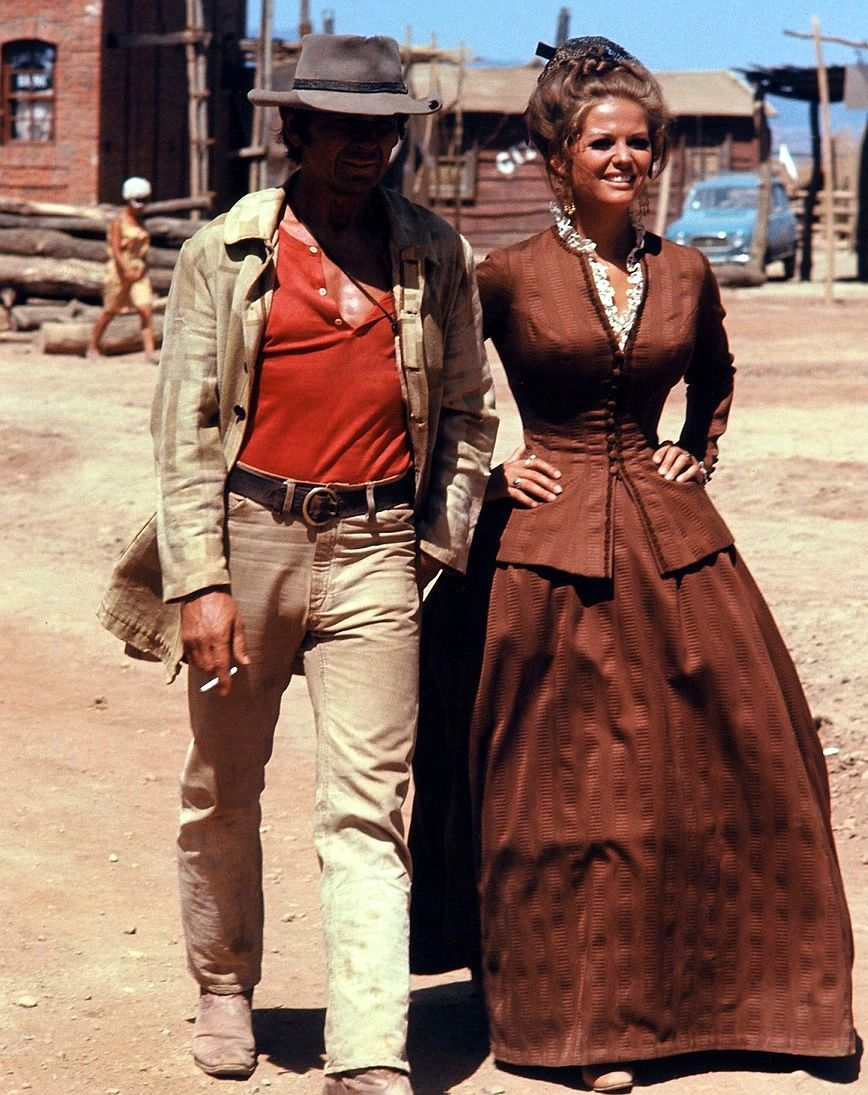 Charles Bronson And Claudia Cardinale In Once Upon A Time In The West Directed By Sergio Leone 1968 Claudia Cardinale Charles Bronson Italian Actress