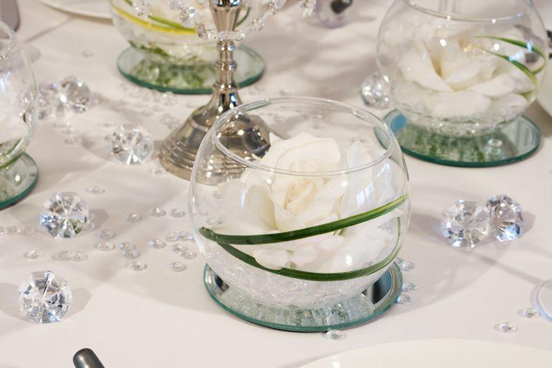 Blumendeko Diamantene Hochzeit Google Suche Rosen Im Glas Diamantene Hochzeit Tischdekoration Hochzeit Blumen