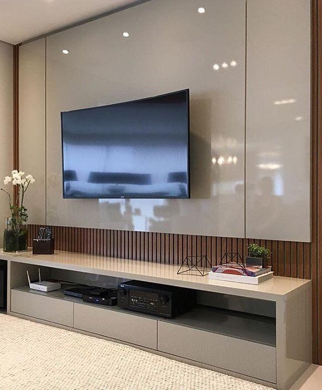 Home Theater Design Ideas Diy: Móvel Para TV Belíssimo, Em Laca Fendi E Fundo Em Painel