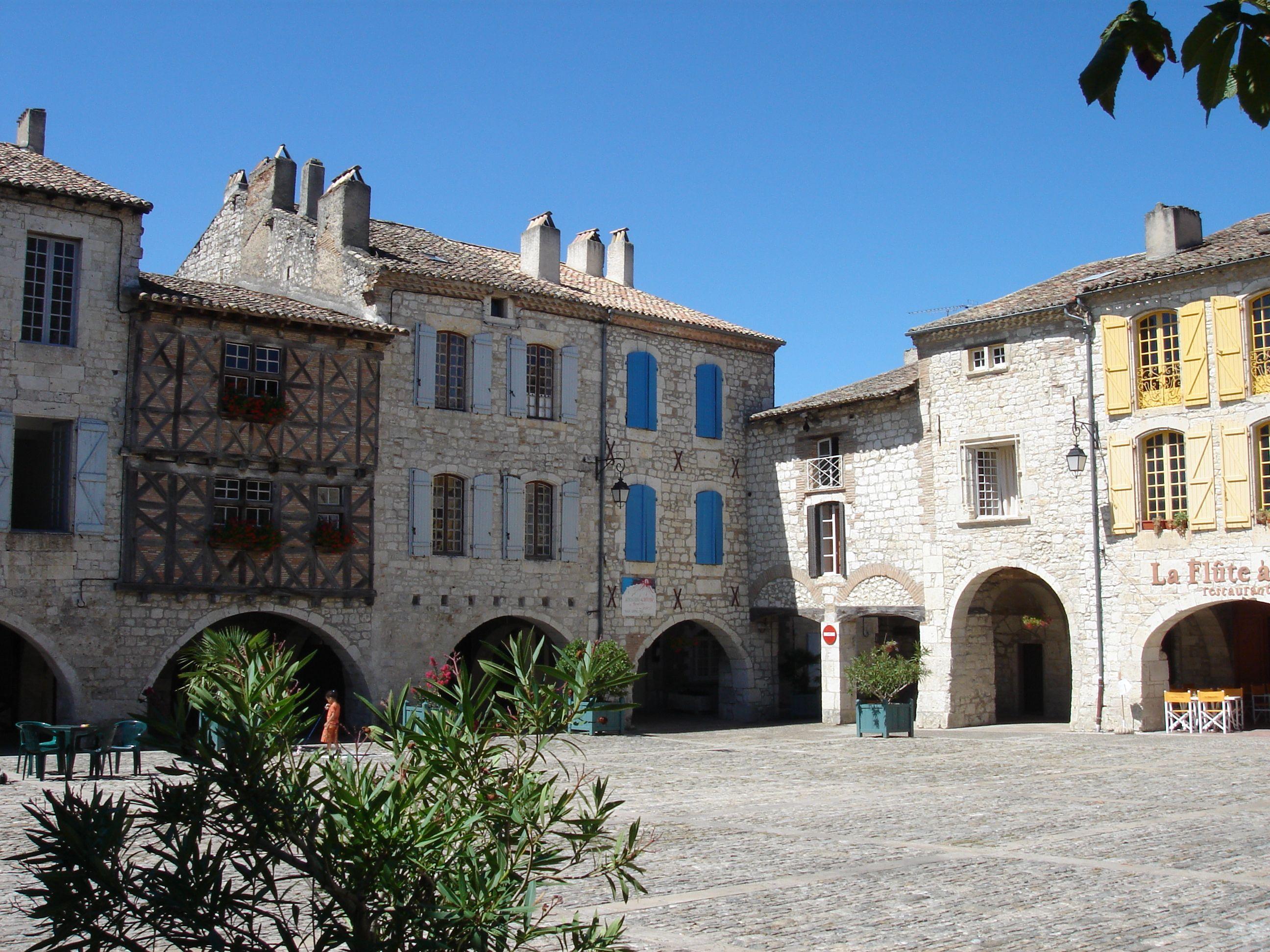 Lauzerte, Castelsarrasin, Tarn-et-Garonne, Midi-Pyrénées, France