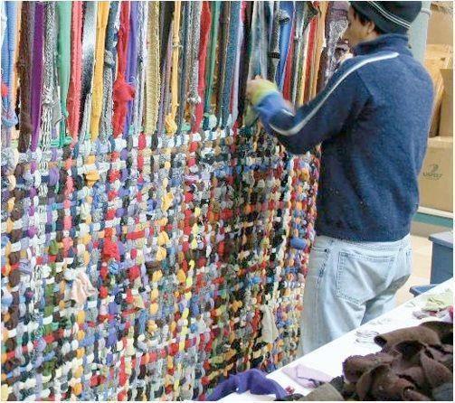 Alfombras reciclado manualidades y buenas ideas for Alfombras buenas