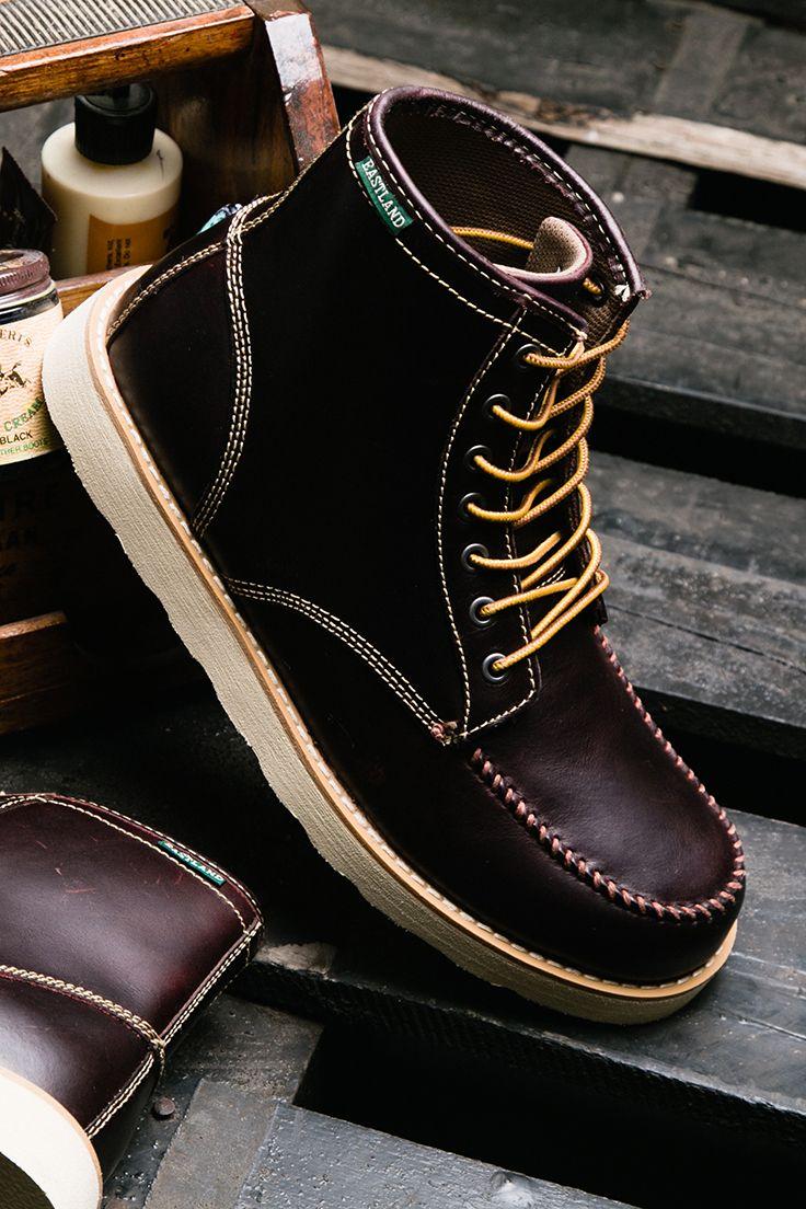 Eastland Men S Lumber Up Moc Toe Lace Boot Grey