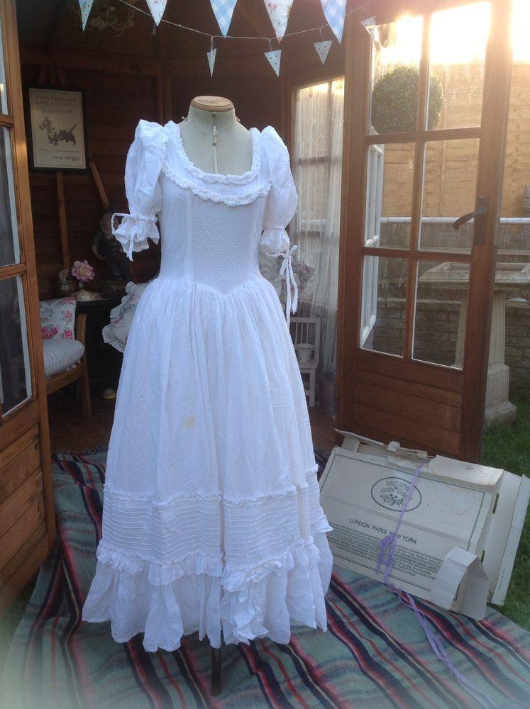 Vintage Laura Ashley | Things to Wear-Laura Ashley | Pinterest ...