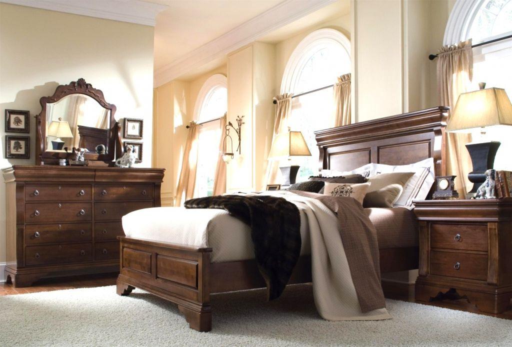 modern solid wood bedroom furniture interior