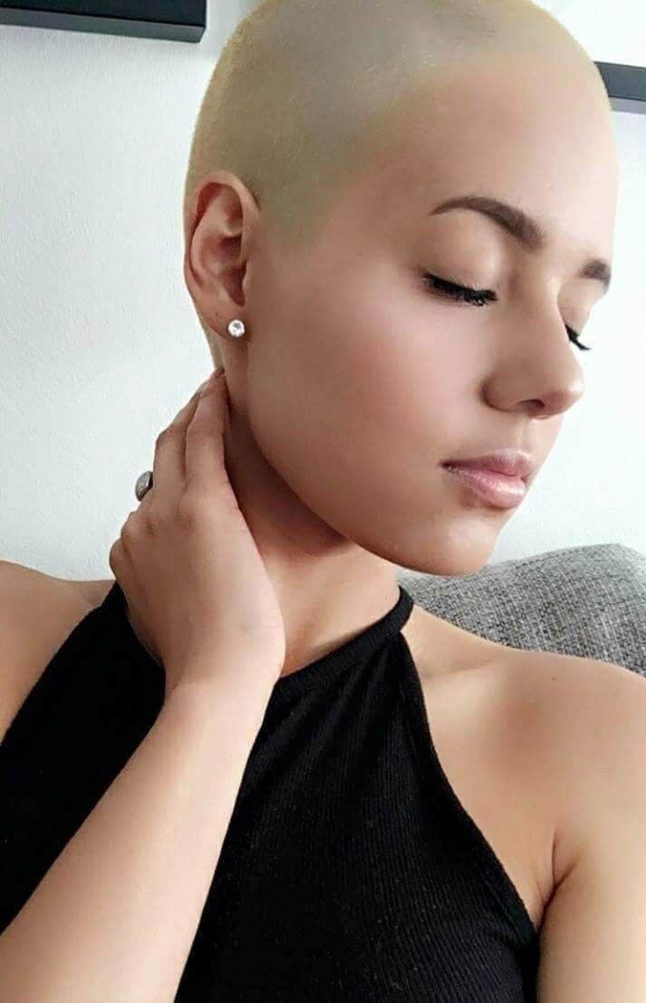 Pin On Bald Women 08