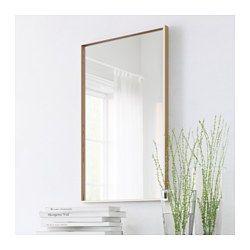 Ikea skogsv g espejo puedes colgar el espejo en for Espejo horizontal salon