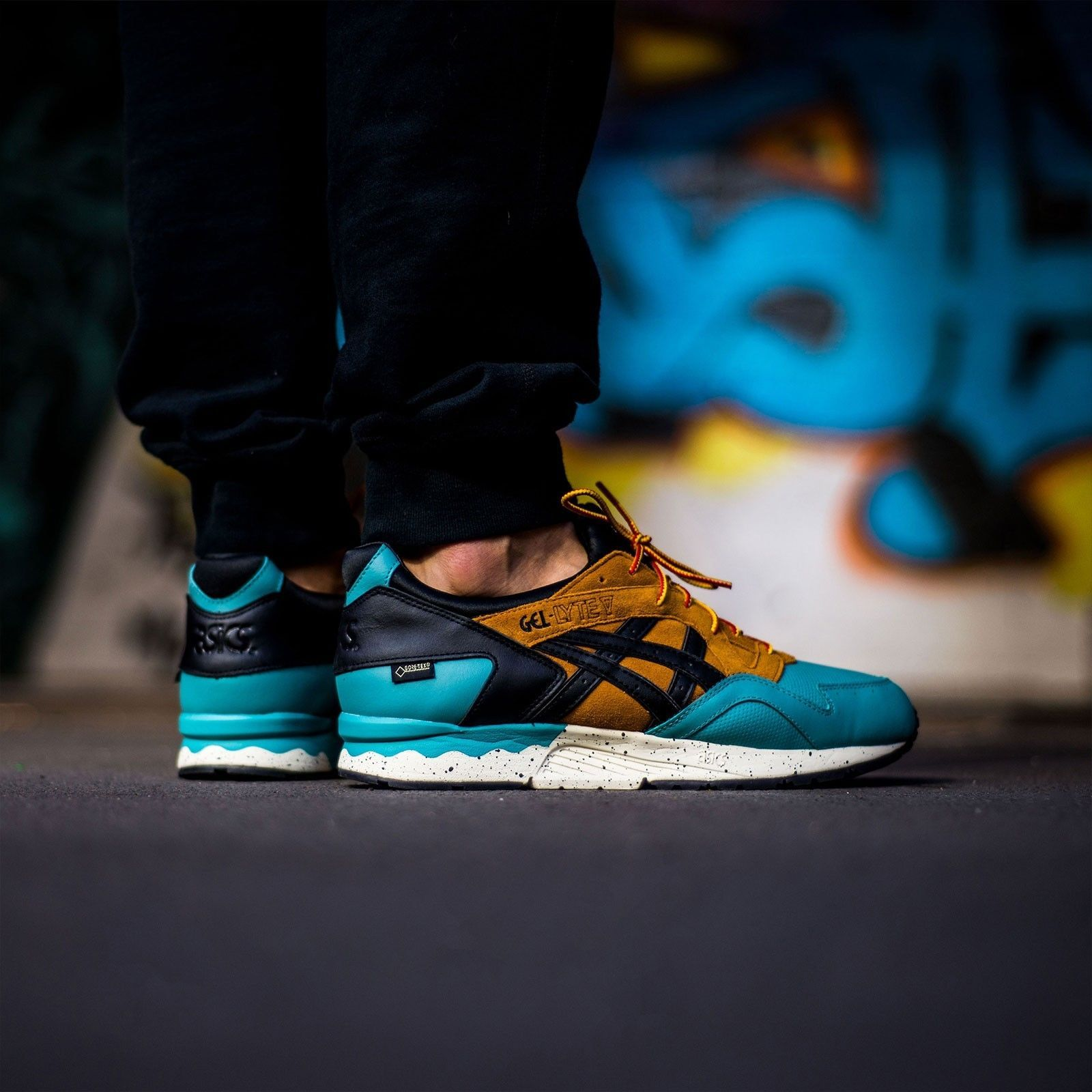 bf6651adb49f Asics Tiger Gel-Lyte V GTX Gore Tex Sneakers Men s Lifestyle Shoes  WATERPROOF