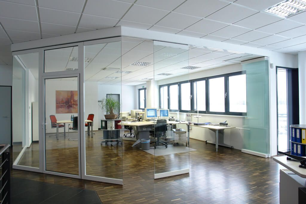 Buro Trennwandsystem Mit Faltturen Glas Falttur Glas