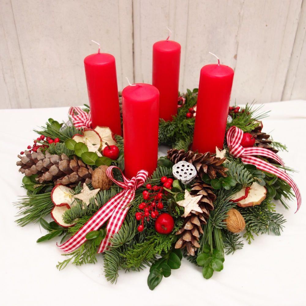 adventskranz rot klassisch weihnachtsdeko adventsgesteck adventskr nze natur m bel wohnen
