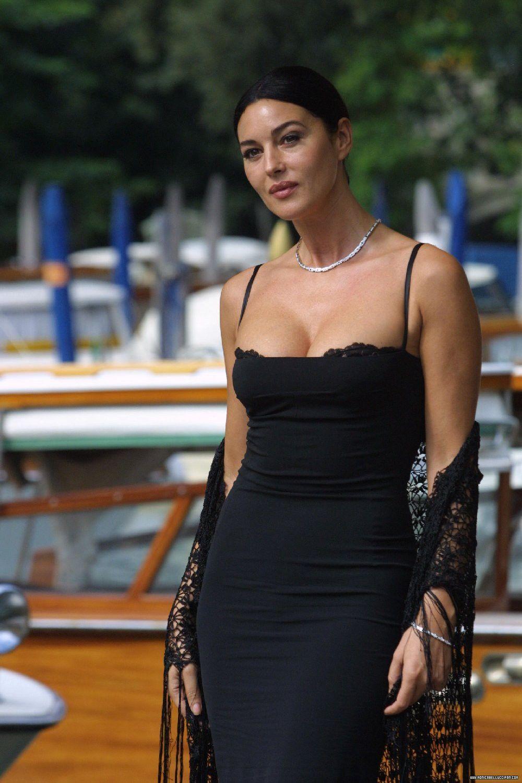 Monica Bellucci Hot Boobs