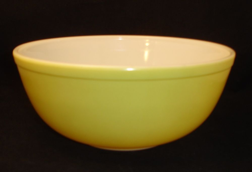Vintage Pyrex 4 Qt Primary Yellow Mixing Nesting Bowl 404 USA Large 1950's 60s #Pyrex