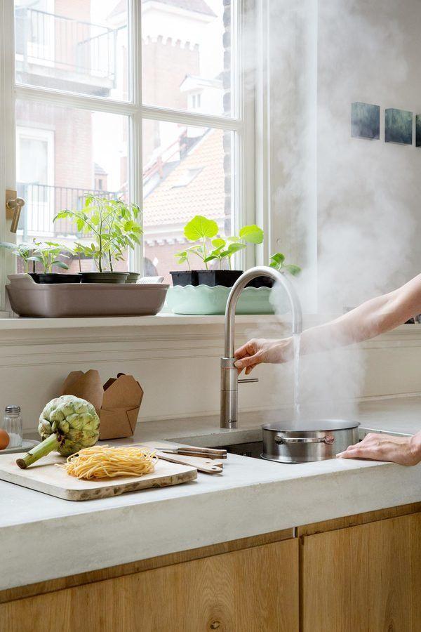 Eine Echte Kuchenhilfe Der Kochend Wasserhahn Quooker Wasserhahn Kuche Kuche Wasserhahn