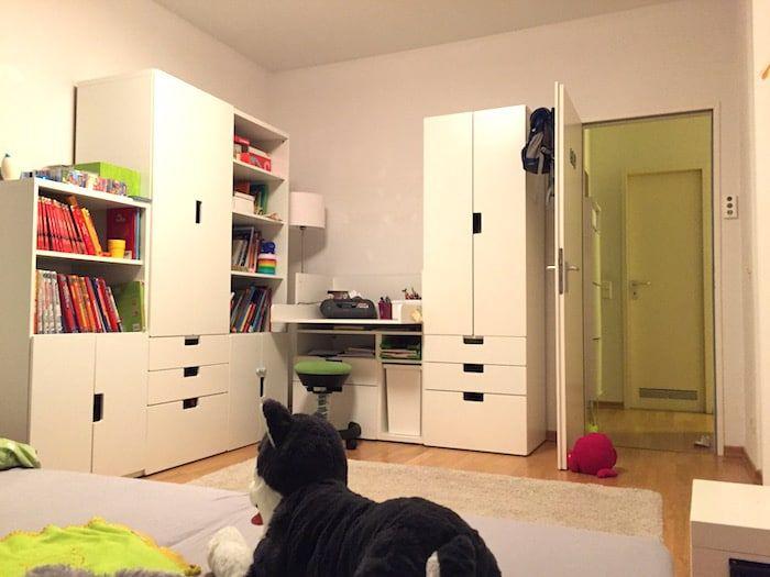 Wir Haben Das Kinderzimmer Nun In Weiß Und Taupe Gehalten, Um Das Zimmer  Optisch Nicht Zu überladen. Was Wir Wohin Geräumt Haben, Erfahrt Ihr Im  Beitrag. :)