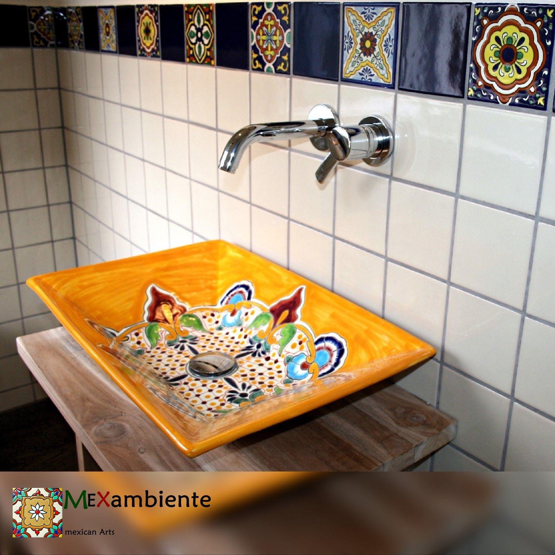 So Schon Unser Rechteckiges Waschbecken Puebla Stilvoll Kombiniert Mit Einer Bordure Aus Mexamabiente Dekorfliesen Und Weissen Wandfli Blue Tiles Sink Decor