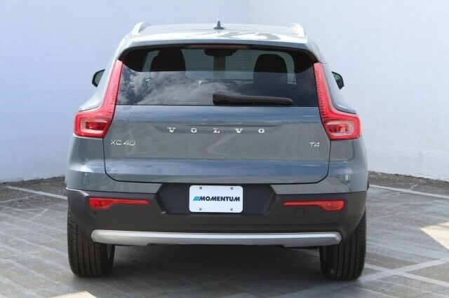 cool Used 2020 Volvo XC40 Momentum 2020 Volvo XC40 Momentum 5 Miles THUNDER GREY Sport Utility Intercooled Turbo Re 2020