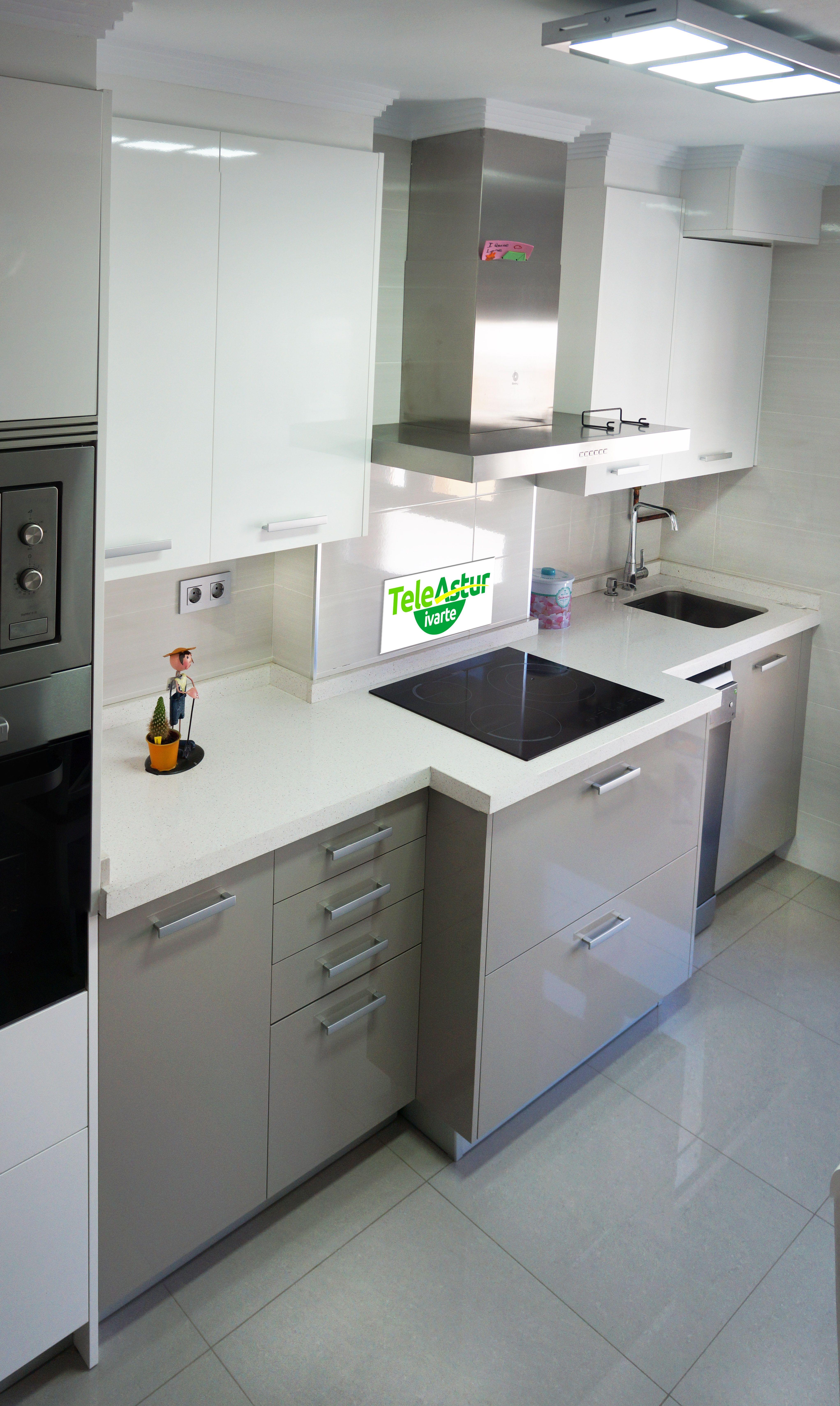 Silestone negro mate buscar con google escorial t for Encimera de cocina lacada en blanco negro
