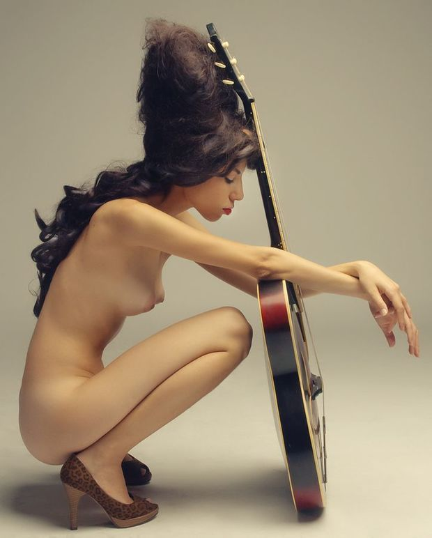 Naked Pictures Of Amy Winehouse 100