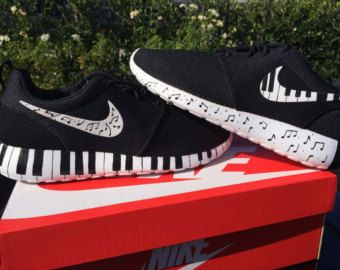 Nike Roshe Run custom design, Rosherun, Music, music notes, black and white
