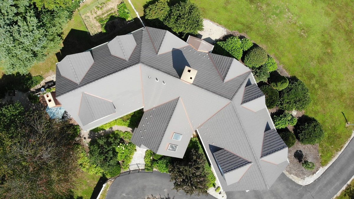 Reasons to Switch From Asphalt Shingles to Aluminum Metal