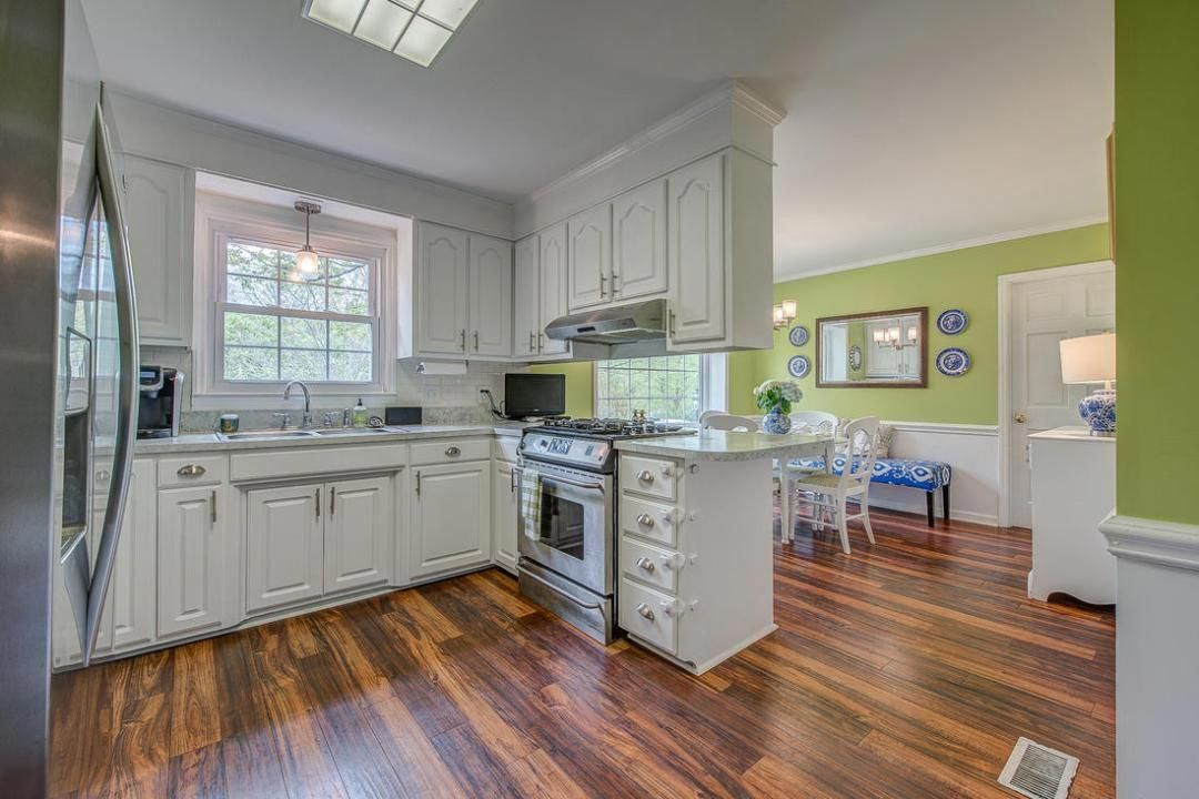 easy kitchen remodel aids and updates you can diy on a tiny budget from countertops to