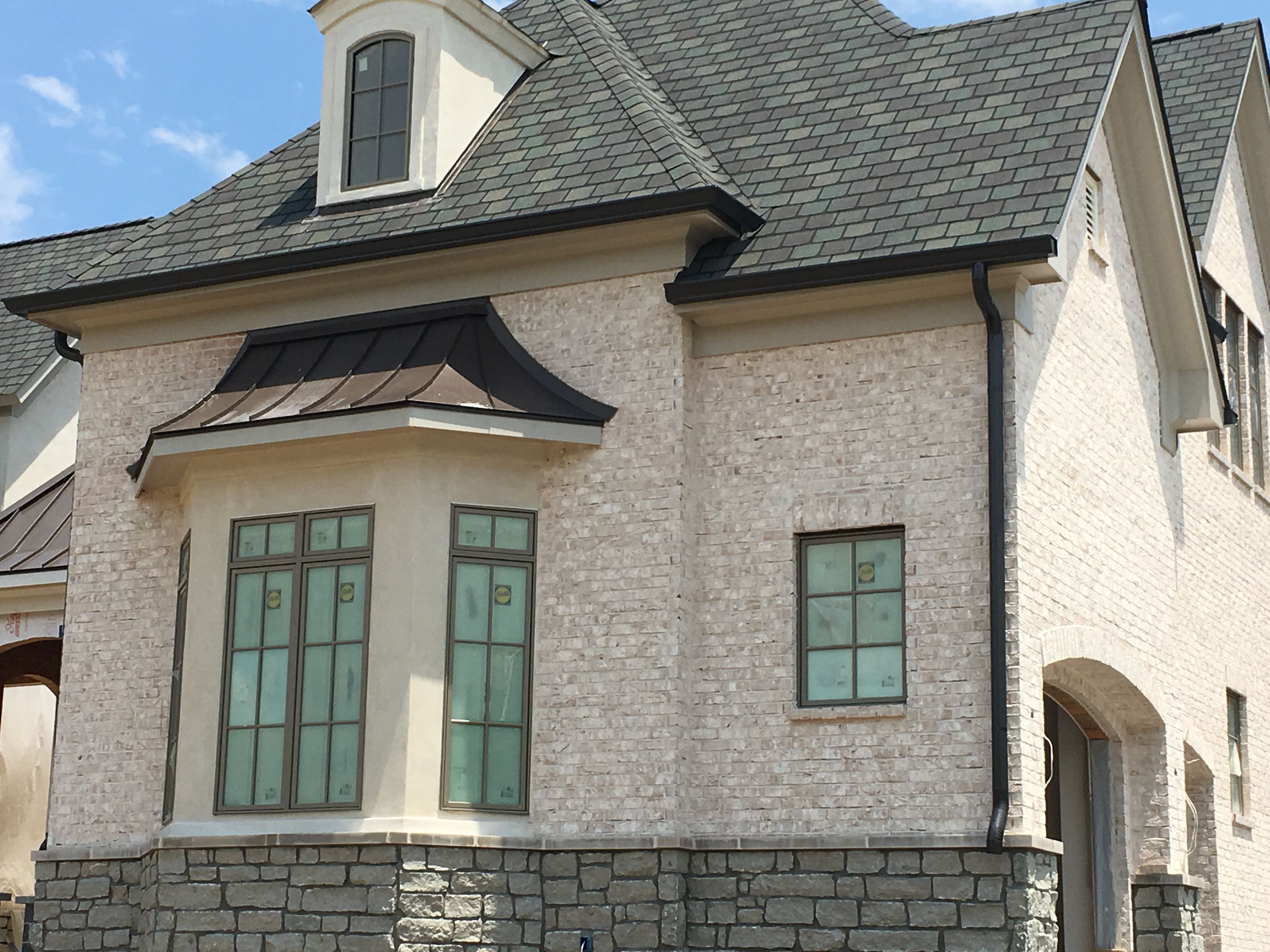 Brick and mortar selections only williamsburg birchwood for Brick selection for houses