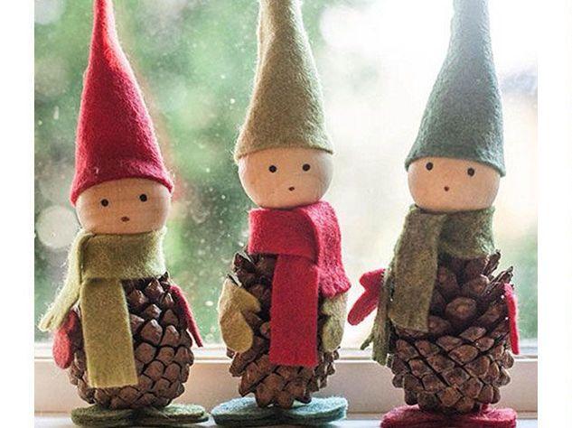 Lavoretti Di Natale Con Le Pigne.Lavoretti Di Natale Con Le Pigne Artigianato Di Natale Fai