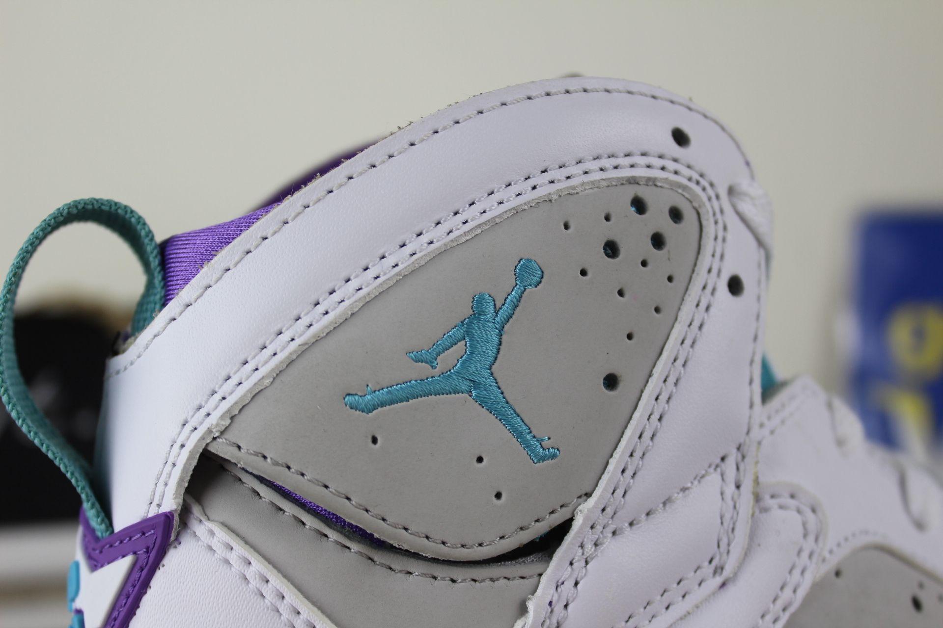 competitive price df911 26310 ... Air Jordan 7 Retro Easter GS, jumpman logo ...