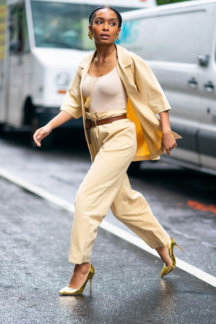 Experiencing Kardashian Fatigue? Check Out These Lesser-Known Celebs Instead -  Stylish celebrities: Yara Shahidi  - #CelebrityStyleblakelively #CelebrityStylechic #CelebrityStylejessicaalba #CelebrityStylekimkardashian #CelebrityStyleoutfits #CelebrityStylewomen #CelebrityStylezendaya #Celebs #Check #edgyCelebrityStyle #Experiencing #Fatigue #Kardashian #LesserKnown
