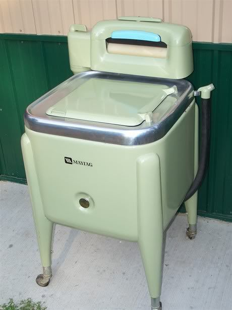 Opportunity To Purchase An Old Maytag Wringer Washer Wringer Washer Old Washing Machine Vintage Washing Machine