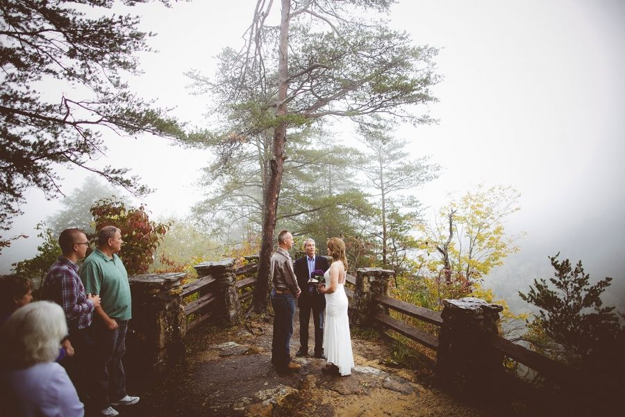 Beautiful Outdoor Weddings And Indoor Receptions With My Tiny At Red River Gorge In Kentucky