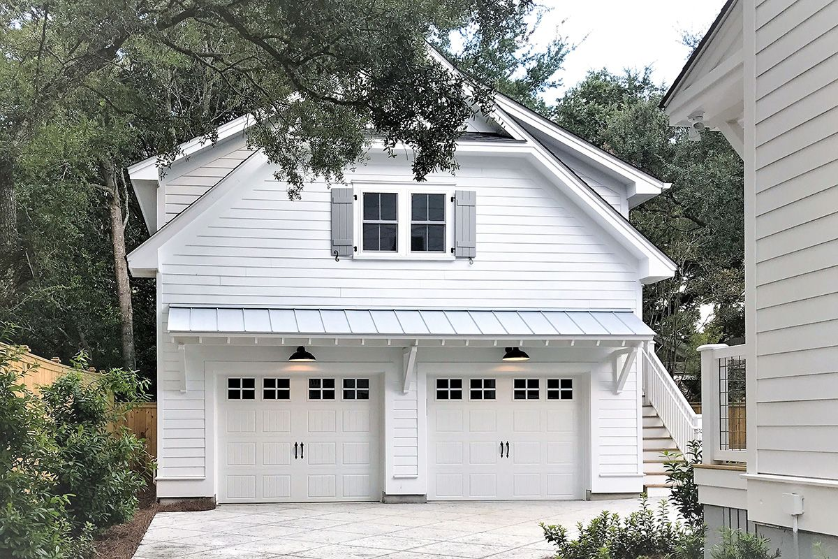 Plan 765010twn Carriage House With Open Living Area