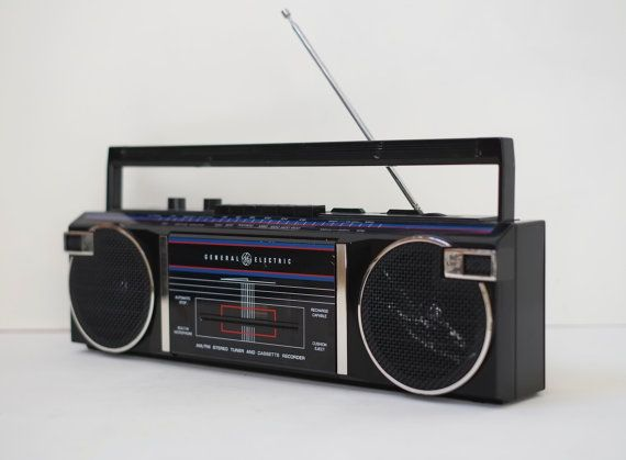Vintage 1980s Ge Portable Cassette Radio Recorder Boombox