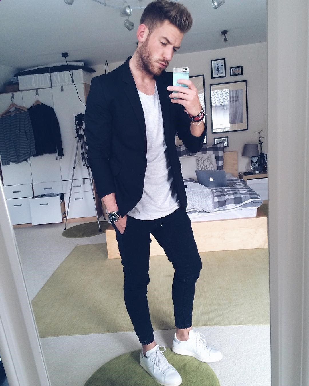Casual outfit ideas for men  5e00fcfd169