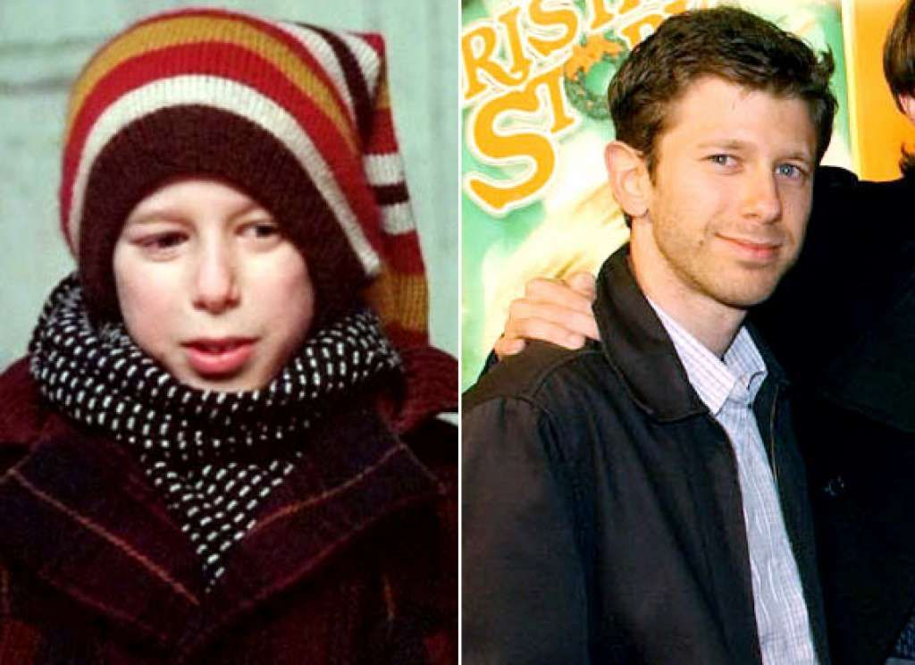A Christmas Story Cast Then And Now Photos Christmas Story Movie A Christmas Story Famous Child Actors