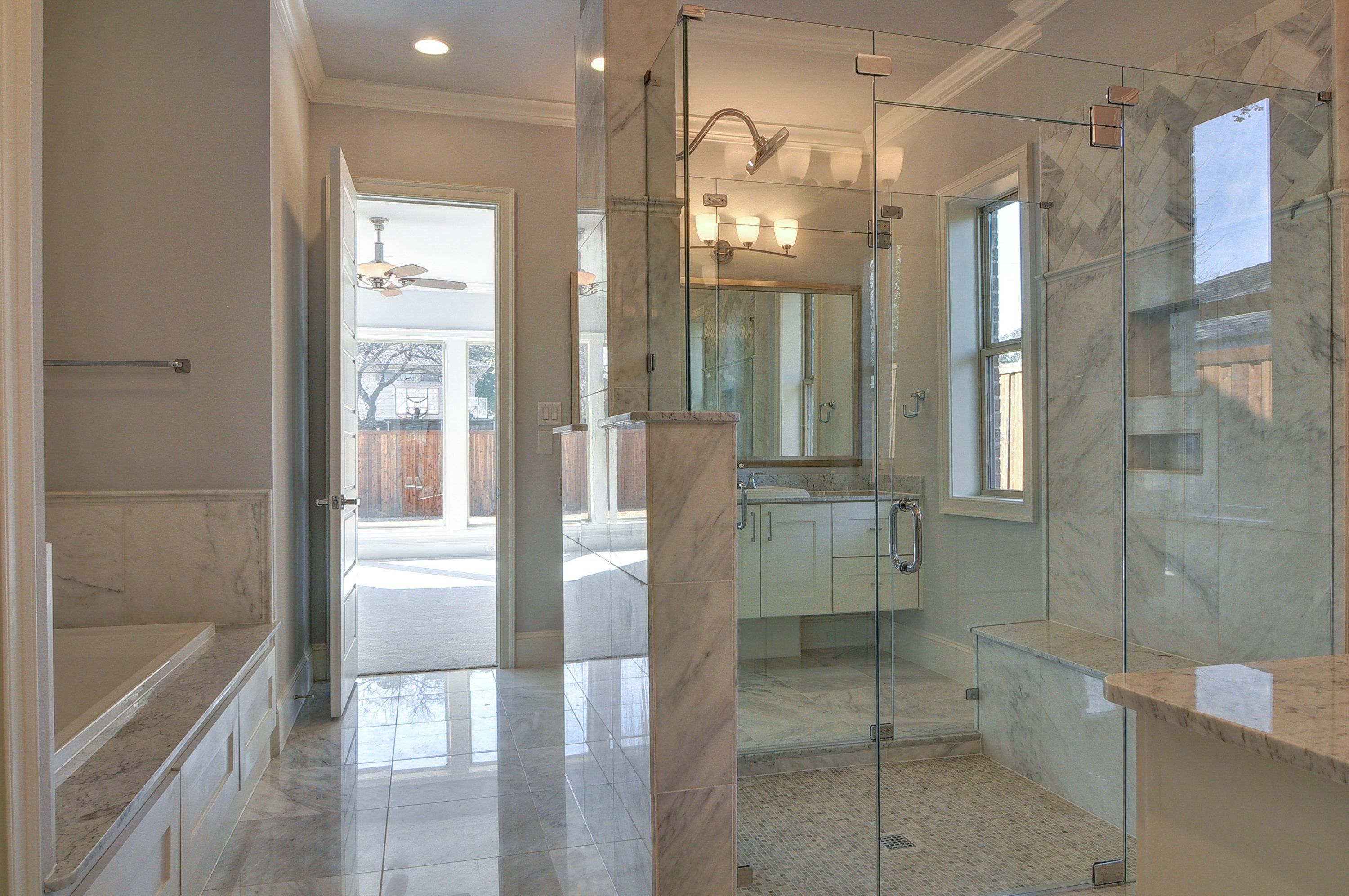 Houzz's 7 Bathroom Trends for 2014 are ...