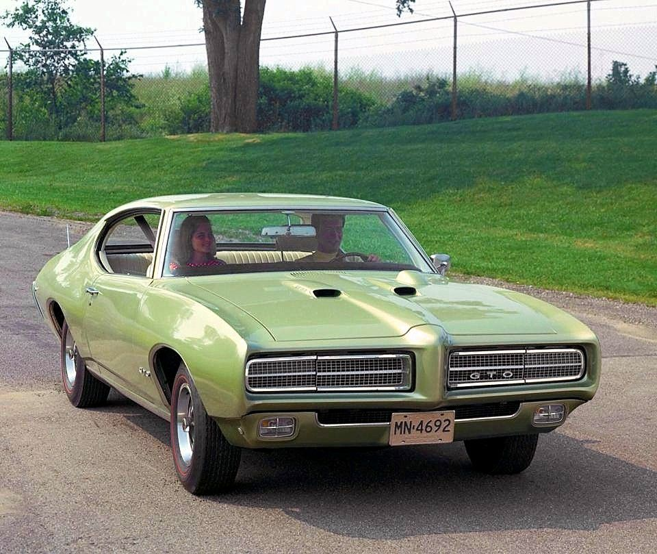Limelight Green 1969 Pontiac GTO press release photo  pontiac