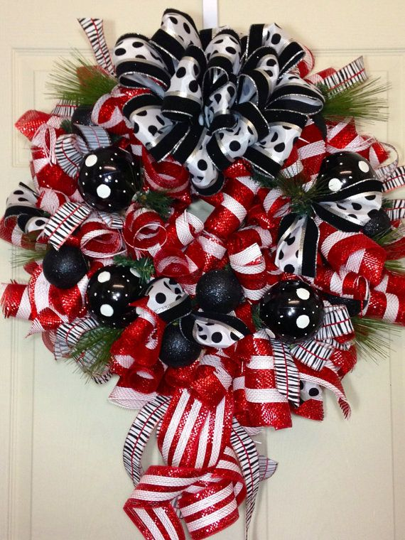 Christmas Mesh Wreath by WilliamsFloral on Etsy crafts Pinterest