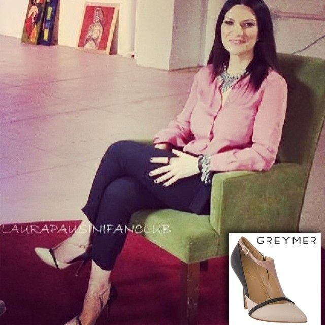 Laura Pausini wearing #greymershoes #newcollection #SS14 during #telemundo interview. Special thanks to Laura and @pausiniofficial #instalike #photooftheday #fashionicons #beautiful #girl #love #asymmetrical #shoes #decollete #fashion #chic #loveshopping #bestoftheday #like #follow #outfit #shopping www.greymer.it