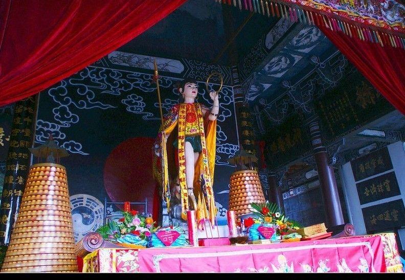 Yibin NeZha Temple, Chongqing