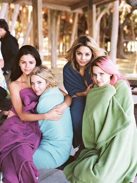Spring Breakers Want To See This  Selena Gomez Movies -1501