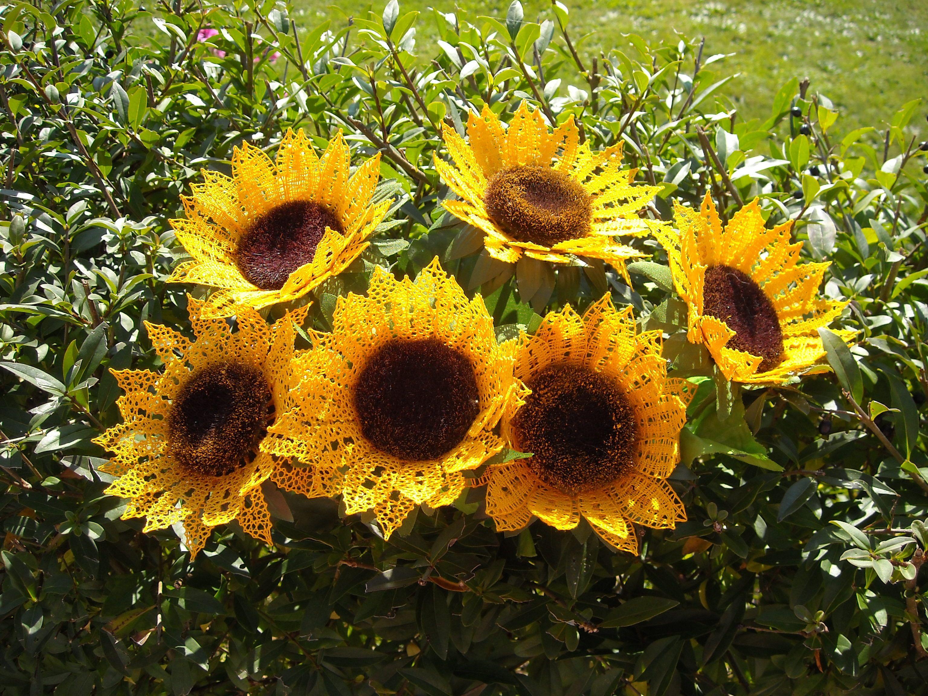 Sonnenblumen 2011 - Entwurf von Sigrid Hackel