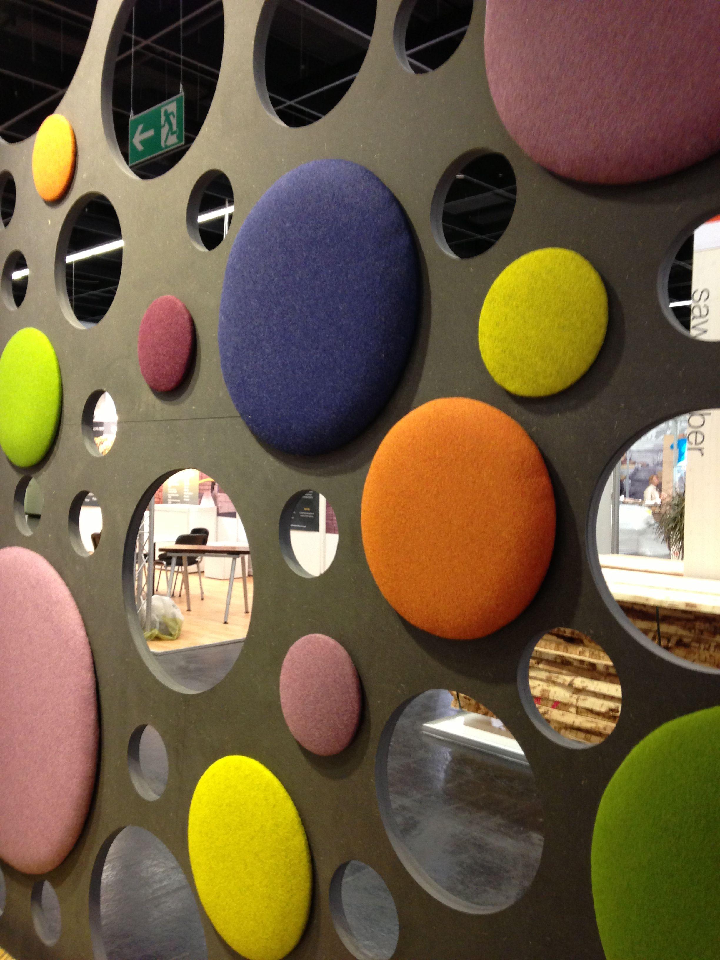 Paneles de madera decorativos mdf negro con telas de colores colecci n acoustic feria Tableros decorativos