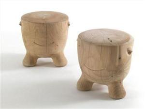The cute Ildiko solid wood stools by Alejandro Ruiz